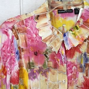 Essentials By Milano size Large, colorful blouse.